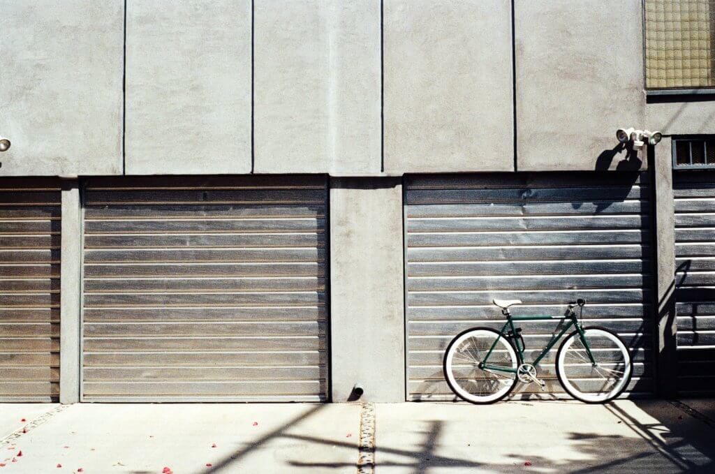 bike bicycle garage 2814 1024x679