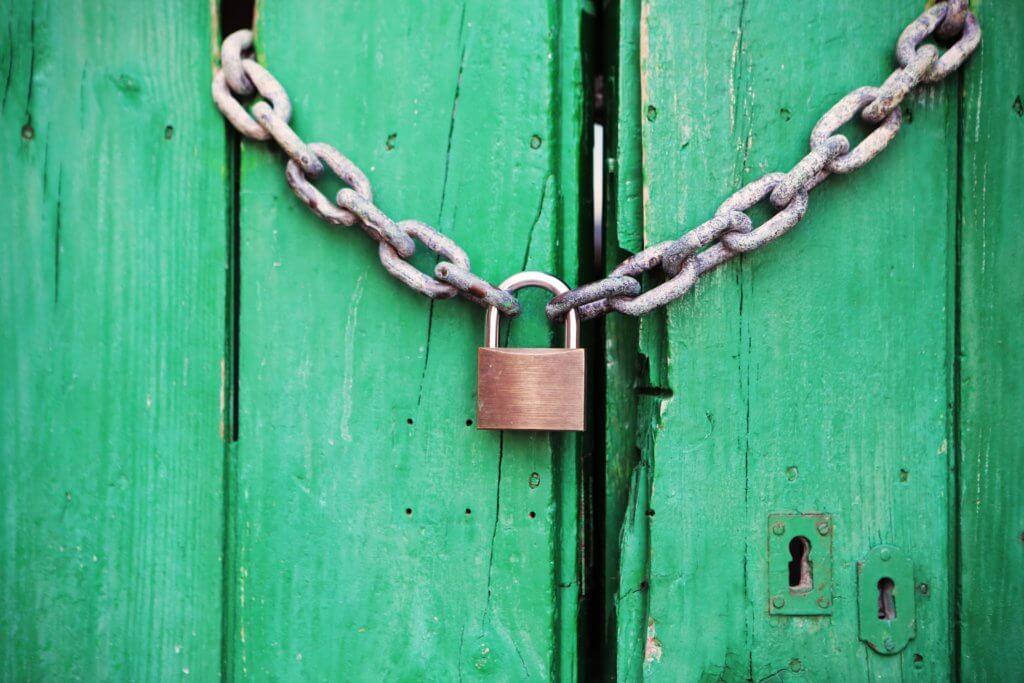 door green closed lock 4291 1024x683