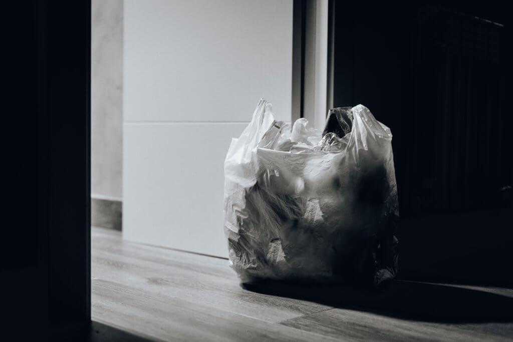 trash near door 1549528 1024x683