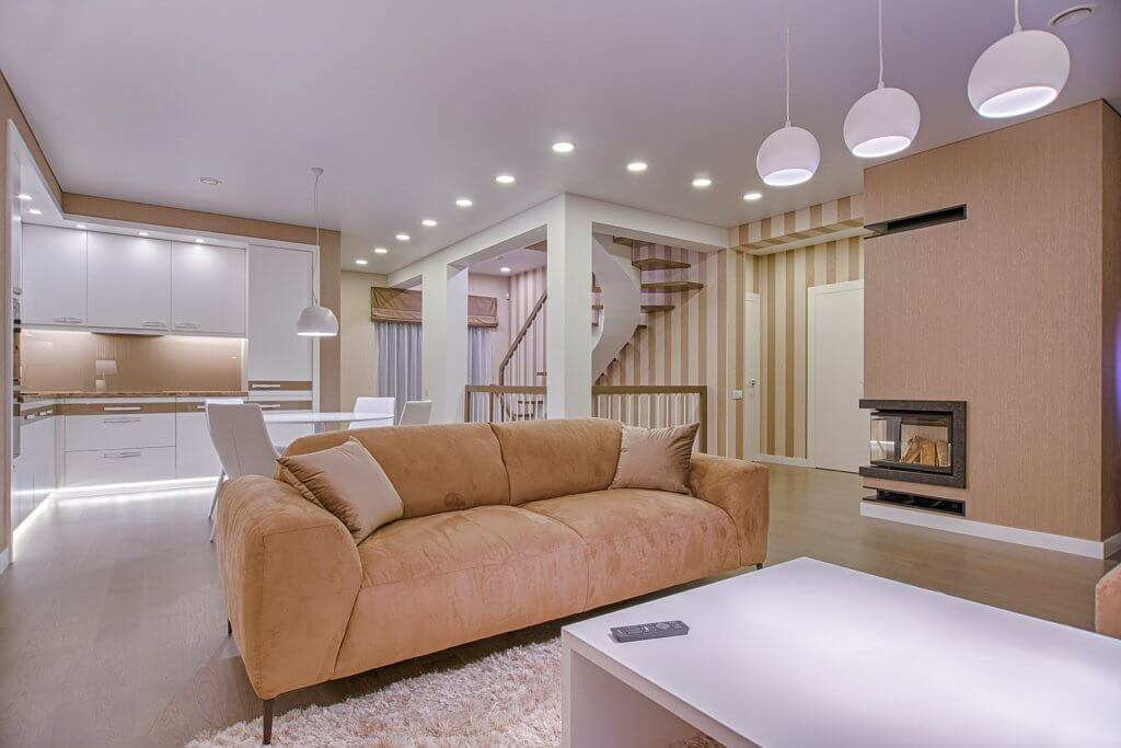 beige couch 1571457 1024x683