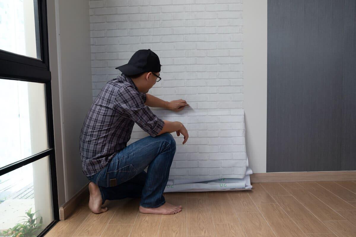 fixing wallpaper bubbles