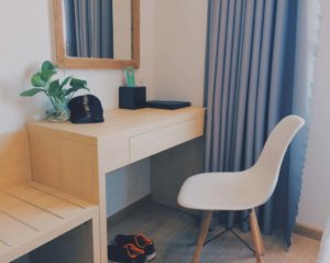 corner desk 300x239